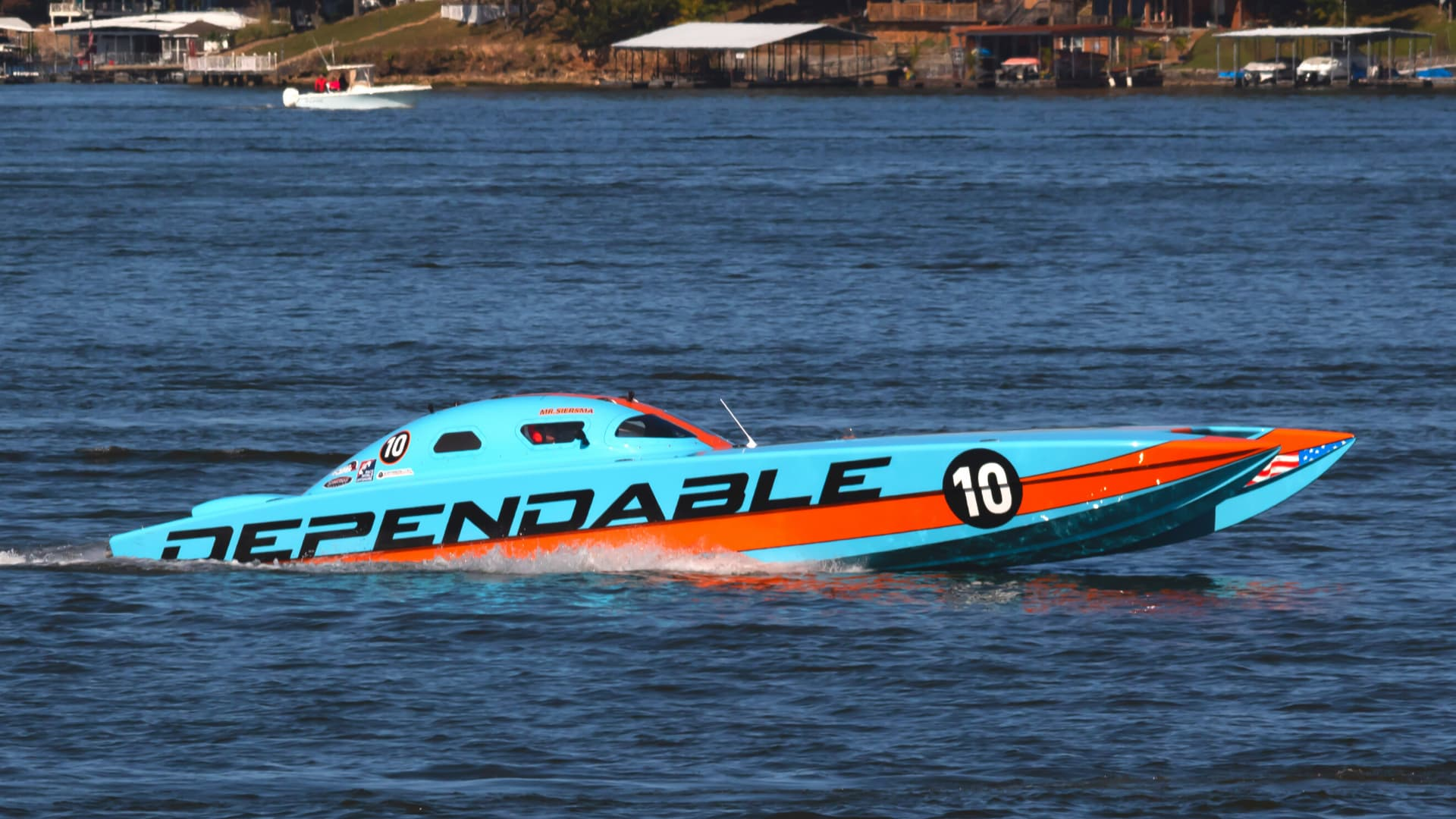 Teal Powerboat